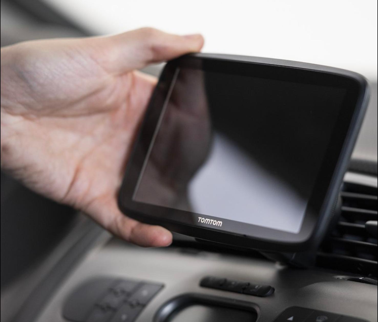 TomTom GPS Car Navigation GO Supreme