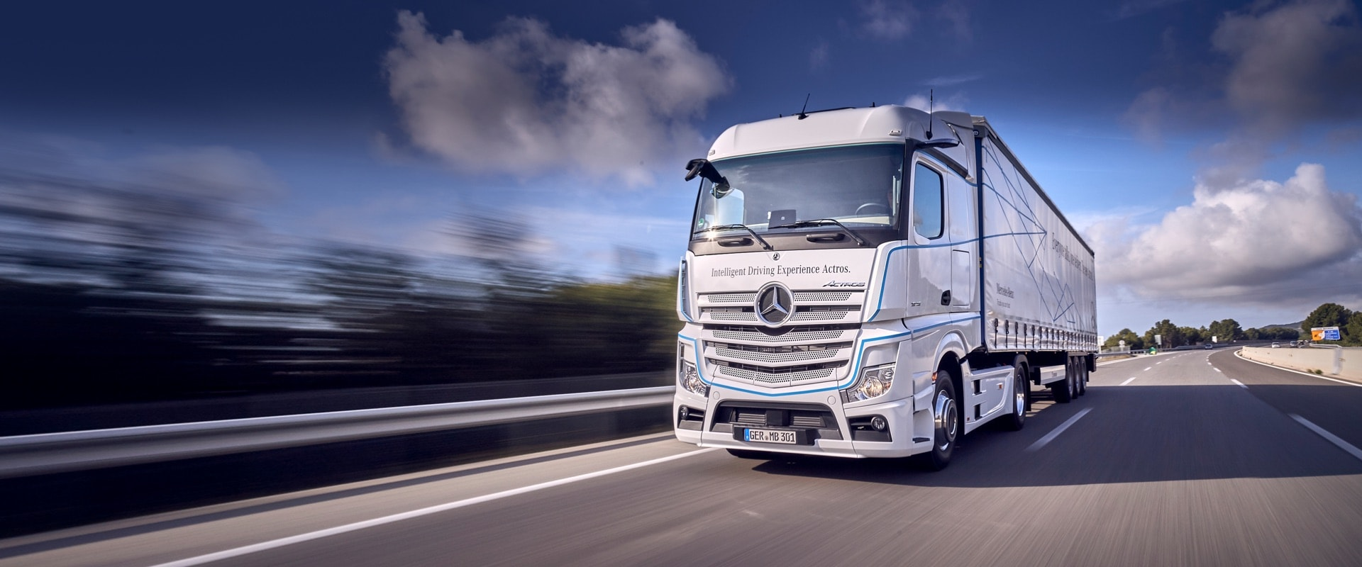 TomTom and Daimler Trucks