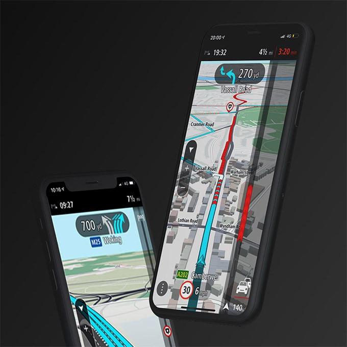 teléfonos mostrando la aplicación