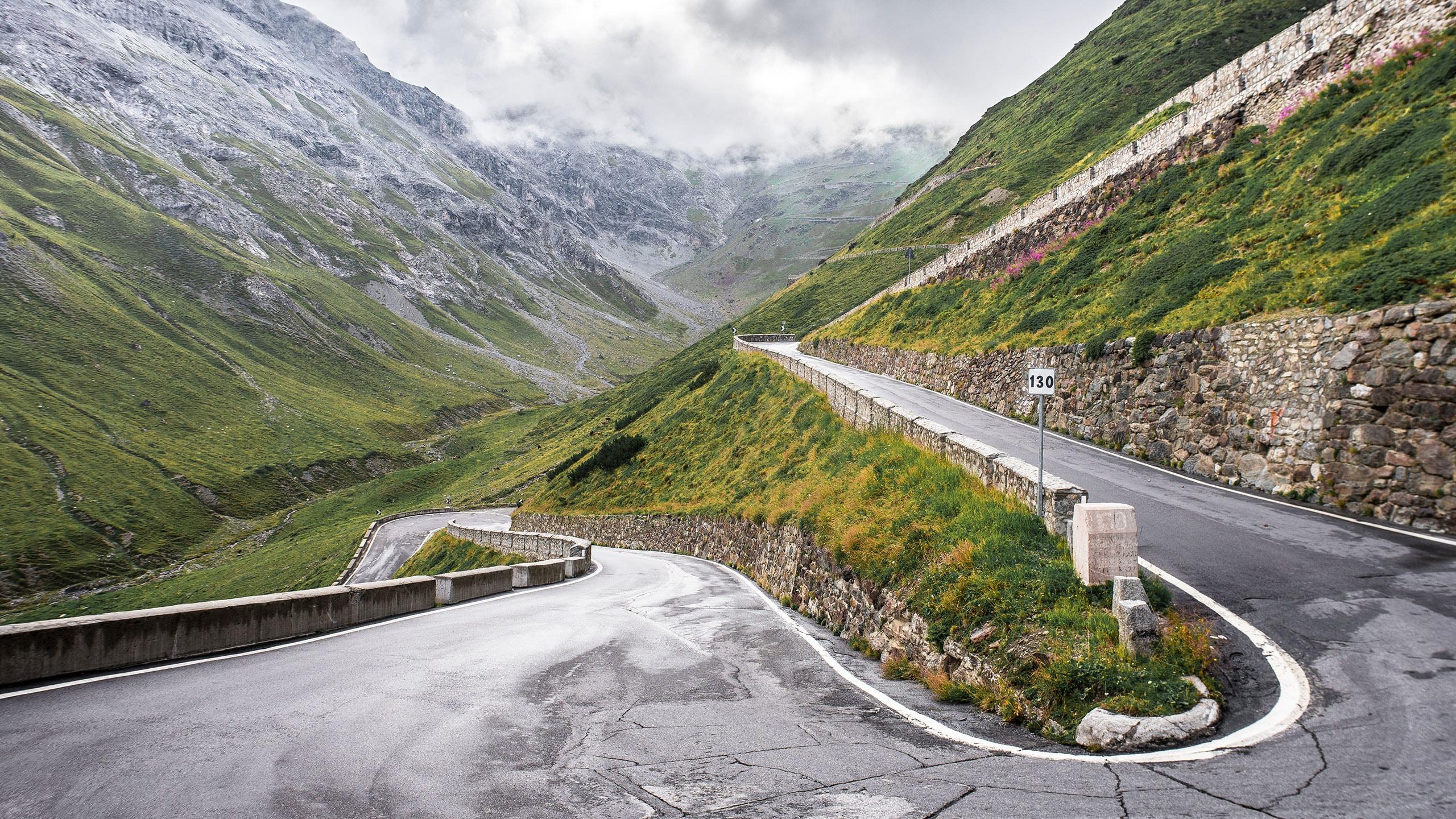 Stelvio Pass route detail | TomTom